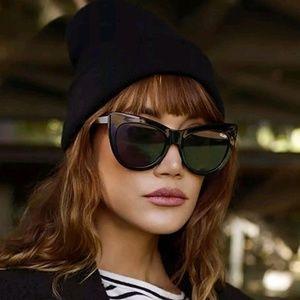 QUAY AUSTRALIA Steal A Kiss Cat Eye Sunglasses